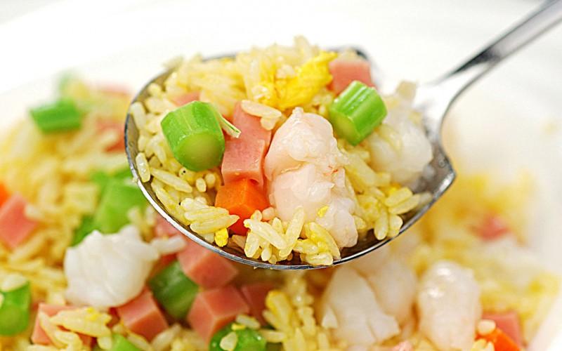 Янчжоуский жареный рис