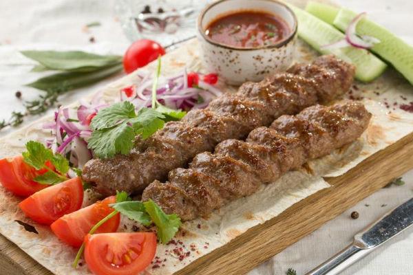 Люля–кебаб из свинины