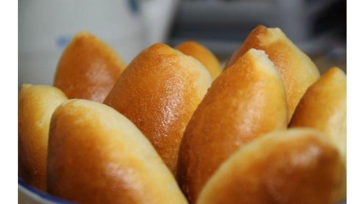 Пирожок [с яйцом и капустой]