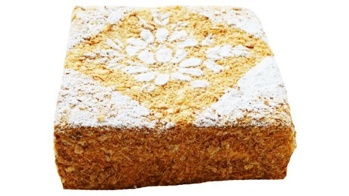 Торт [Слоеный со сливочно-абрикосовым кремом]