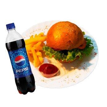 Чизбургер + Pepsi 0.5 + картошка фри и соус