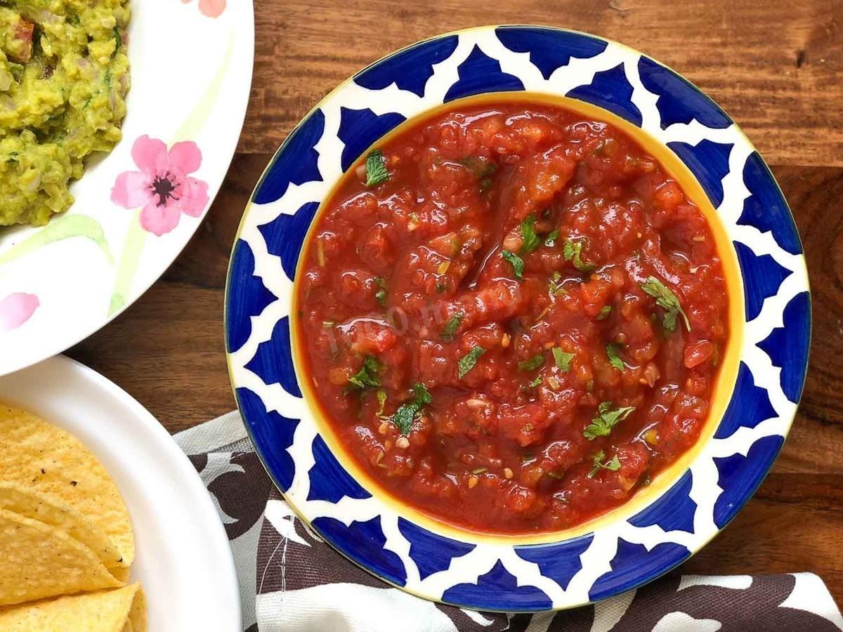 Блюдо из курицы под томатной сальсой