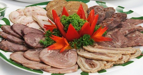 ассорти мясная тарелка